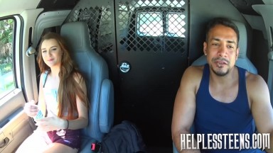girl giving road head then fucked