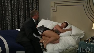 fucking the wife while husbands massage