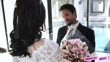 orgee daughters swap dads in wedding day